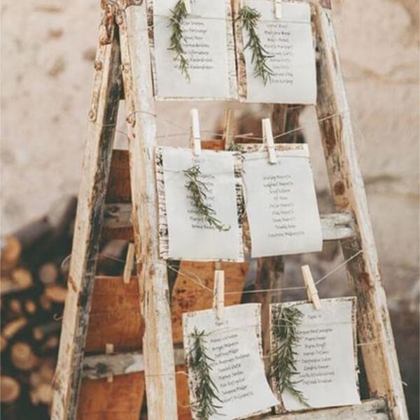 pinzas-marcasitios-madera-grabada-personalizadas